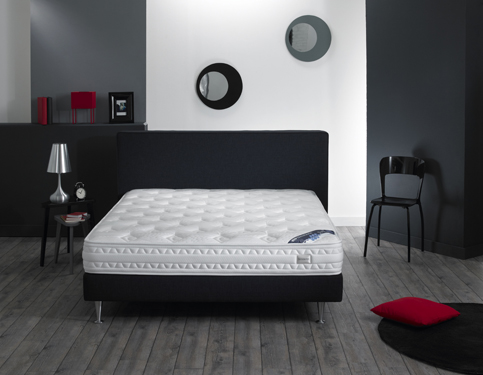 simmons literie softex matelas et sommier le meilleur de l. Black Bedroom Furniture Sets. Home Design Ideas