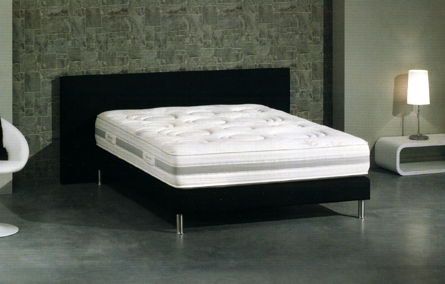 matelas sommier treca maison design. Black Bedroom Furniture Sets. Home Design Ideas
